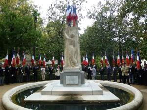 monument des jardins de la mairie2